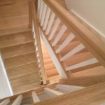 Oak staircase with painted spindles 2